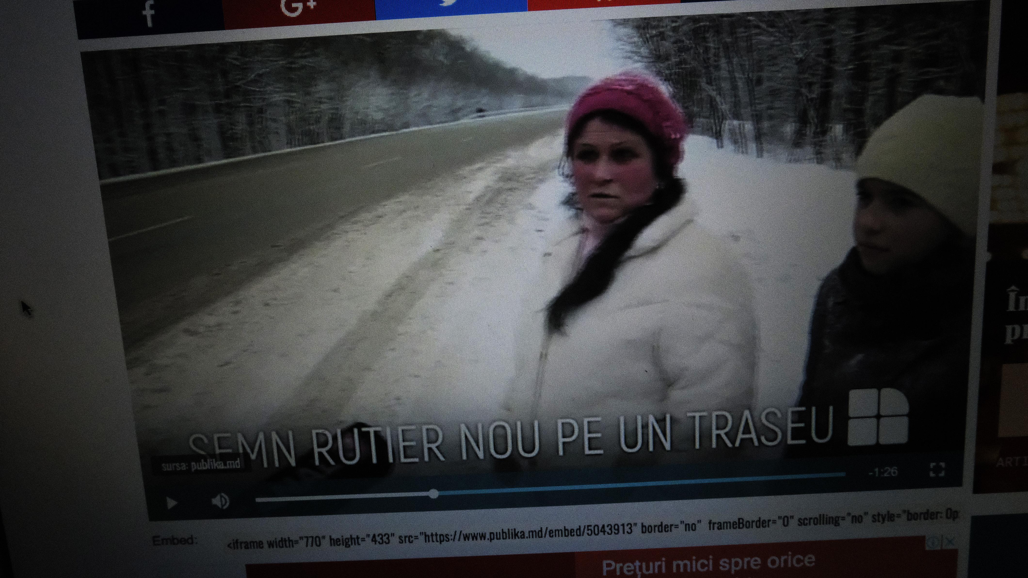 O fetiță a fost umilită de un echipaj de poliție și un post de televiziune. Se întîmplă în Moldova