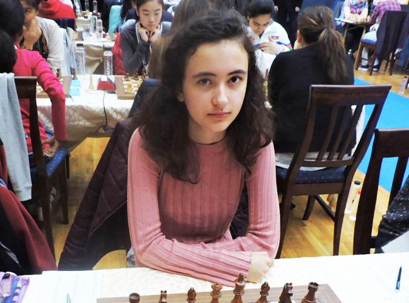 Românca Miruna Lehaci, în vârstă de 13 ani, este noua campioană mondială la șah între juniori